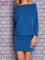 Ciemnoniebieska sukienka z luźnym kołnierzem                                  zdj.                                  1