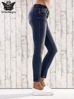 Ciemnoniebieskie spodnie skinny jeans z ćwiekami                                  zdj.                                  2
