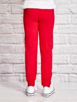 Ciemnoróżowe spodnie dresowe dla dziewczynki SMILE                                  zdj.                                  3