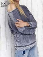 Ciemnoszara dekatyzowana bluza z surowym wykończeniem                                  zdj.                                  4