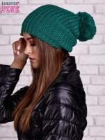 Ciemnozielona czapka z dużym pomponem                                  zdj.                                  2