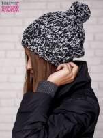 Czarna czapka z melanżową nicią                                  zdj.                                  2