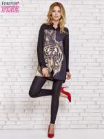 Czarna długa koszula z nadrukiem tygrysa                                  zdj.                                  4