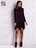 Czarna lejąca sukienka z golfem                                  zdj.                                  2