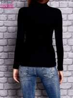 Czarna prążkowana bluzka z półgolfem                                  zdj.                                  3