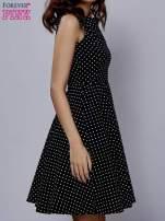 Czarna rozkloszowana sukienka w groszki                                  zdj.                                  3
