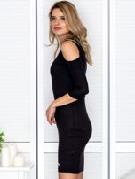 Czarna sukienka cold arms prążkowana                                  zdj.                                  3
