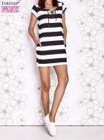 Czarna sukienka w paski ze sznurowanym dekoltem                                  zdj.                                  7