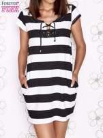 Czarna sukienka w paski ze sznurowanym dekoltem                                  zdj.                                  2