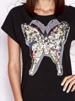 Szara sukienka z cekinowym motylem                                                                          zdj.                                                                         5