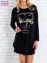 Czarna sukienka ze złotym napisem UNIQUE                                  zdj.                                  1