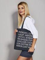 Czarna torba materiałowa z nadrukiem                                  zdj.                                  3