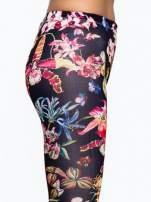 Czarne legginsy w kwiaty                                  zdj.                                  6