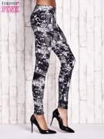 Czarne legginsy w motyw zwierzęcy
