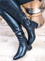 Czarne skórzane kozaki na klocku z wstawką i złotym logo                                  zdj.                                  4