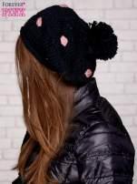 Czarno-różowa czapka w grochy                                  zdj.                                  2
