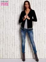 Czarny otwarty sweter z frędzelkami                                  zdj.                                  2