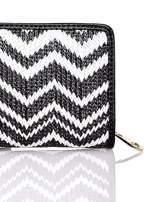 Czarny pleciony portfel w białe geometryczne wzory                                  zdj.                                  5