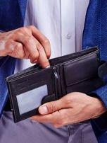 Czarny portfel dla mężczyzny z materiałowym modułem                                  zdj.                                  2