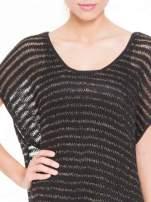 Czarny siatkowy sweterek z metaliczną nicią