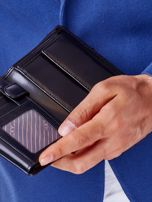 Czarny skórzany portfel męski z symetrycznymi tłoczeniami                                  zdj.                                  4