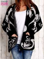 Czarny sweter long hair z ornamentowym motywem                                  zdj.                                  6