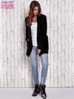 Czarny sweter oversize z kieszeniami                                                                          zdj.                                                                         2