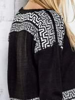Czarny sweter z geometrycznymi splotami                                  zdj.                                  8
