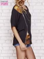 Czarny t-shirt oversize ze złotymi zipami                                  zdj.                                  3
