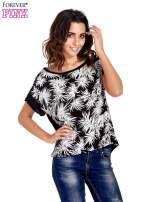 Czarny t-shirt z nadrukiem w palmy