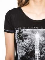 Czarny t-shirt z nadrukiem wieży Eiffla                                                                          zdj.                                                                         5