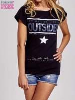 Czarny t-shirt z napisem OUTSIDER