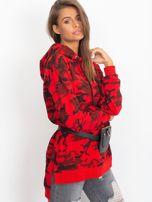 Czerwona asymetryczna bluza moro z kapturem                                  zdj.                                  2