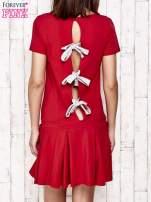 Czerwona sukienka dresowa z kokardami z tyłu                                                                          zdj.                                                                         4