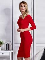 54d7443a8b Czerwona sukienka z dekoltem łódką - Sukienka dopasowana - sklep ...
