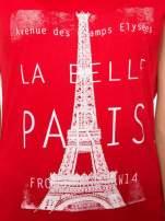 Czerwony t-shirt z motywem Paryża