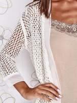 Ecru ażurowy sweter z tiulowym wykończeniem rękawów                                                                          zdj.                                                                         6
