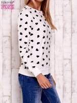 Ecru bluza z nadrukiem serduszek                                  zdj.                                  3