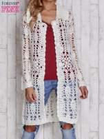 Ecru długi sweter na guzikii