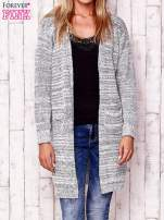 Ecru melanżowy otwarty sweter
