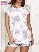 Ecru t-shirt w kwiaty                                  zdj.                                  1