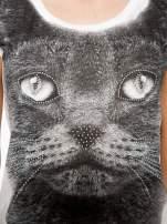 Ecru t-shirt z grafiką kota zdobioną dżetami                                  zdj.                                  8