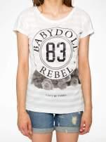 Ecru t-shirt z nadrukiem BABYDOLL REBEL 83                                                                          zdj.                                                                         5