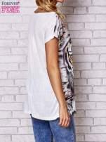 Ecru t-shirt z nadrukiem tygrysa                                  zdj.                                  2