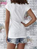 Ecru t-shirt z napisem BARBIE WANTS TO BE ME                                  zdj.                                  4