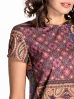 Fioletowa mini sukienka w patchworkowy wzór                                  zdj.                                  4
