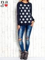 Grafitowa bluza z nadrukiem kwiatów                                  zdj.                                  4