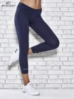 Grafitowe legginsy sportowe z patką z dżetów na dole                                  zdj.                                  1