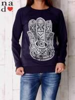 Granatowa bluza z motywem dłoni                                  zdj.                                  1