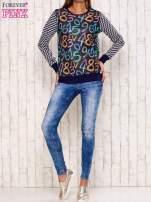 Granatowa bluza z nadrukiem cyfr                                  zdj.                                  3